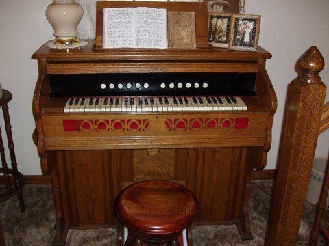 Mama's Organ from Baker's Grove Church